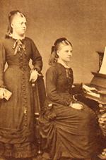 Luise Kiesselbach (re), ca. 1880