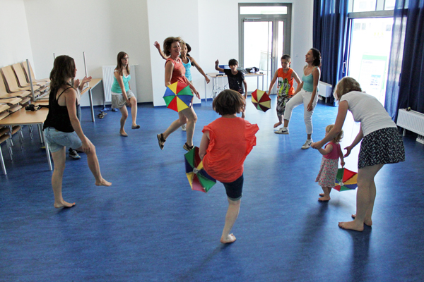 Abbildung 2: Tanzworkshops in der Oase 22 (Foto: Daniel Ritter)
